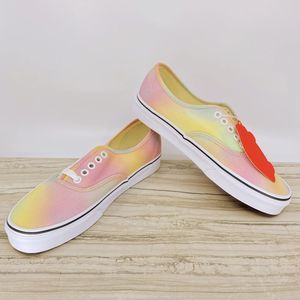 VANS AUTHENTIC (WOMEN'S 9.0 | MEN'S 7.5)